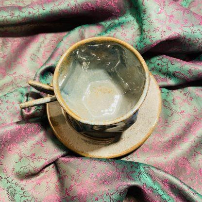 šálka na kávu s podšálkou